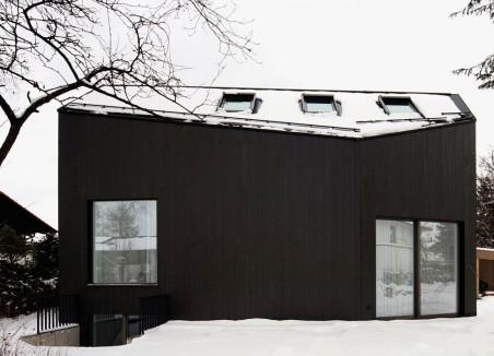 Ein Haus für einen Flügel
