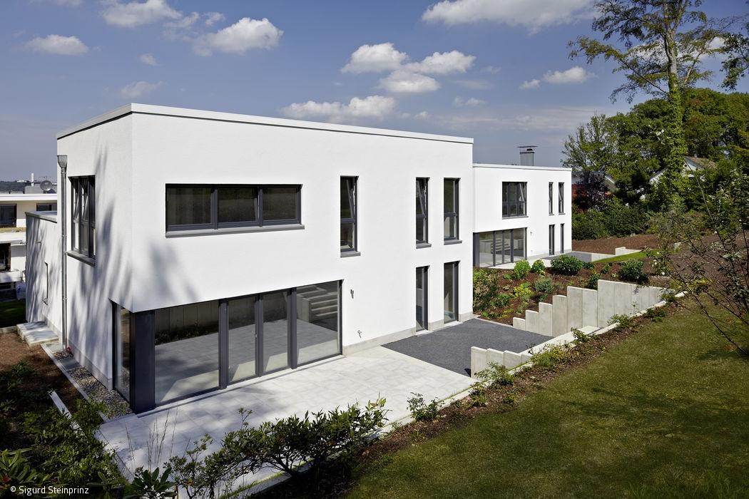 wohnen mit gr nblick artikel d sseldorf magazin cube magazin. Black Bedroom Furniture Sets. Home Design Ideas
