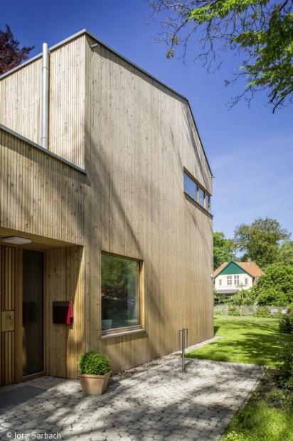 Zwei Häuser – eine Familie