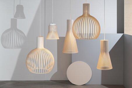 Zeitlose Leuchtenkollektion aus Holz