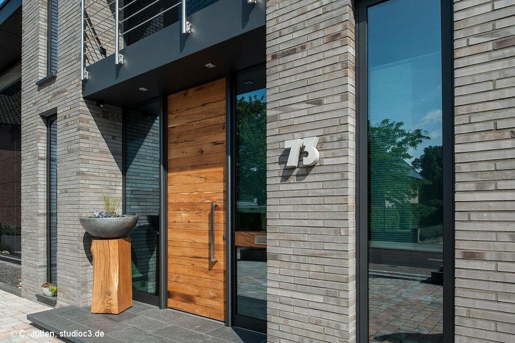 Cube magazin d sseldorf cube magazin for Klinkerhaus modern