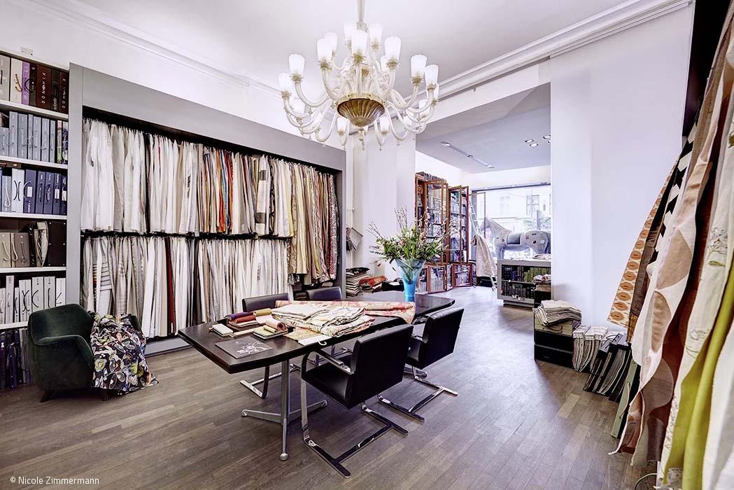 stoffe und tapeten aus aller welt artikel k ln. Black Bedroom Furniture Sets. Home Design Ideas