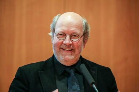 Sieben Fragen an Prof. Wolfgang Schuster