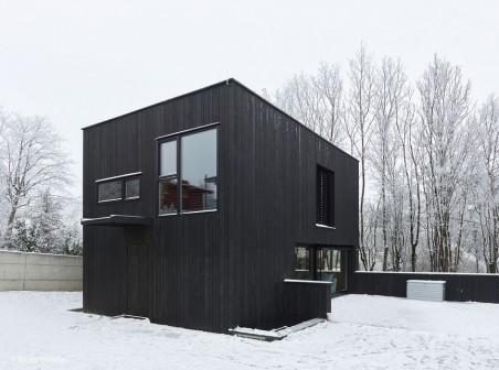 Außen schwarz – innen weiß