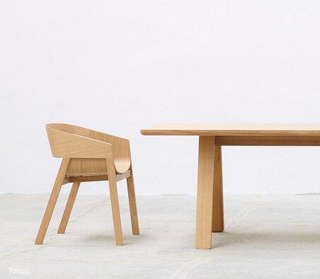 Verliebt in Stühle