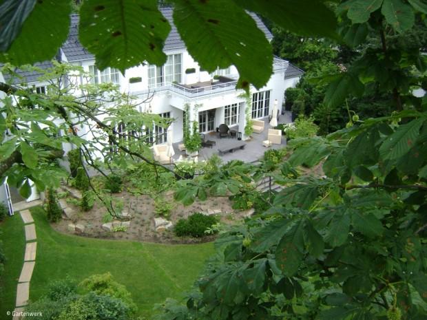Grüne Oase hinterm Herrenhaus