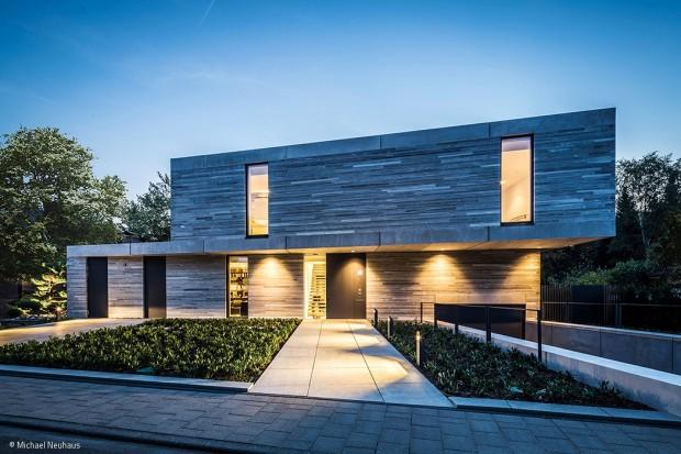 Ein Haus für ein Schwimmbecken