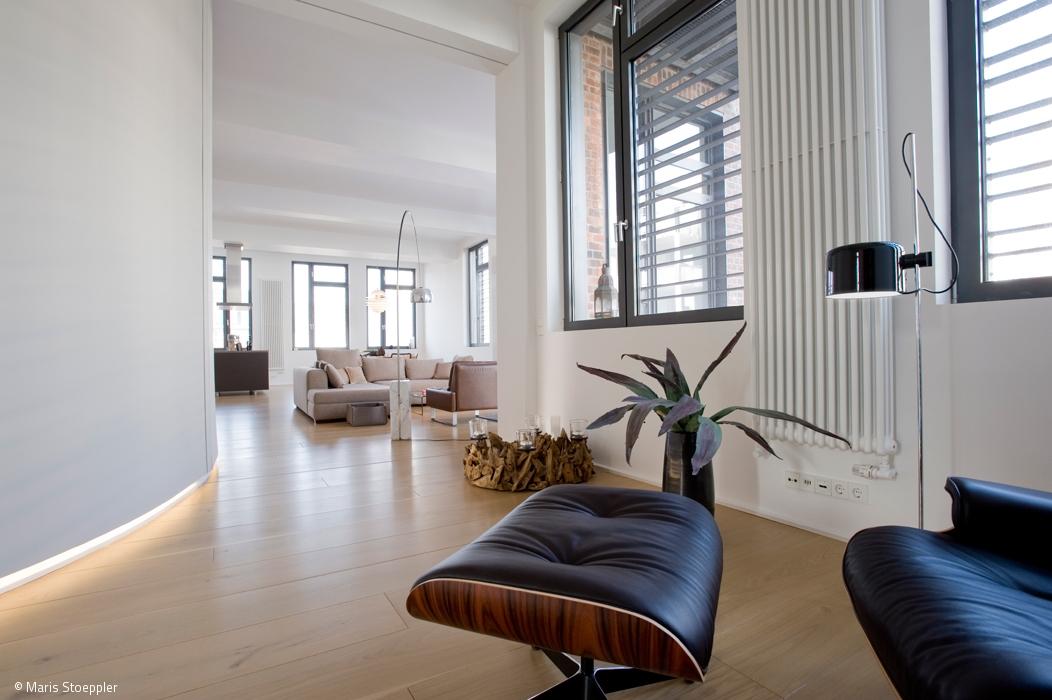 flie ender raum artikel hamburg magazin cube magazin. Black Bedroom Furniture Sets. Home Design Ideas