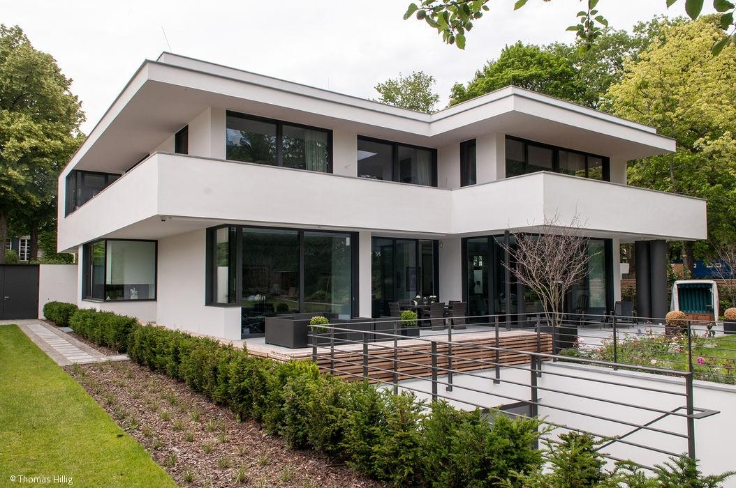 Cube magazin berlin cube magazin for Klassische villenarchitektur